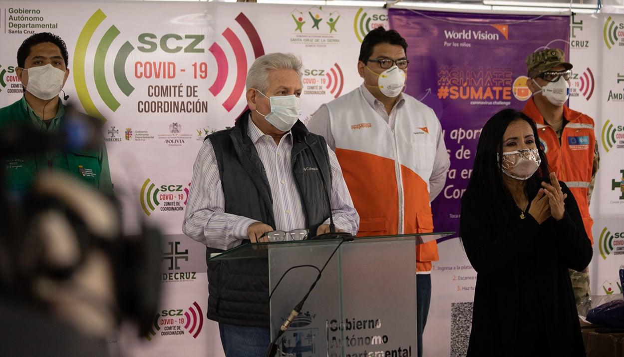 Gobernador de Santa Cruz agradecer a World Vision