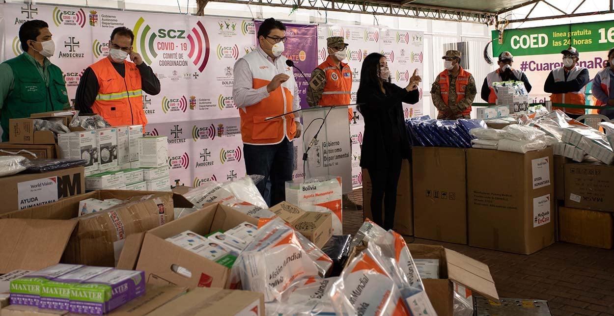 World Vsion entrega donativos a SEDES